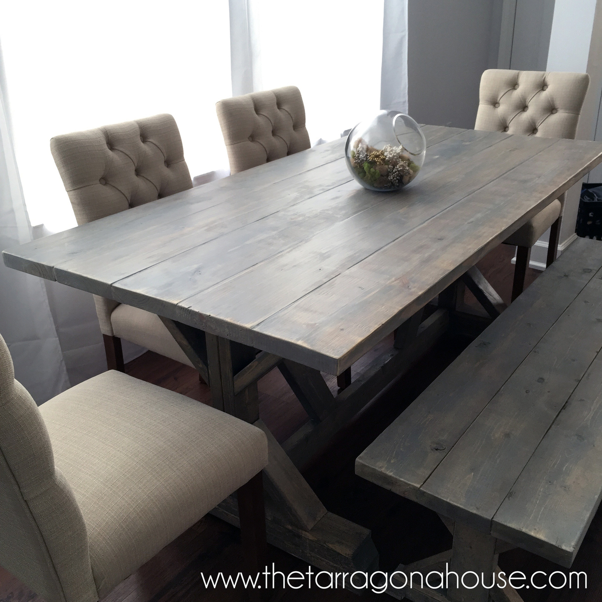 Weathered Wood Finish Farmhouse Table - DIY
