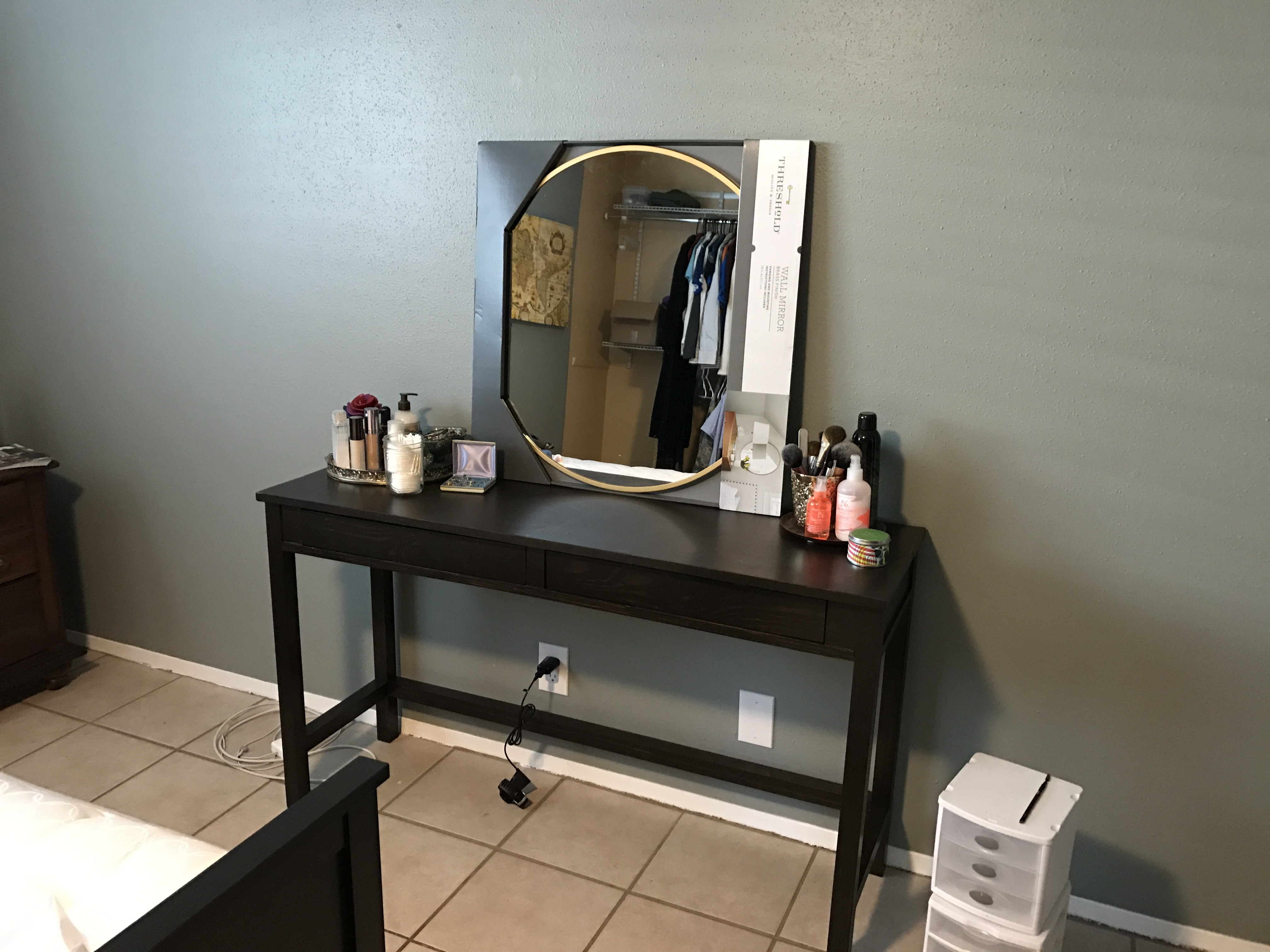 Ana White Makeup Vanity With Drawers From Modified Tiny House Desk