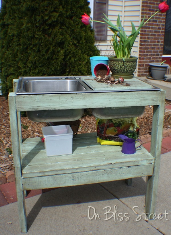 Ana White | garden potting stand - DIY Projects on Outdoor Sink With Stand id=12685