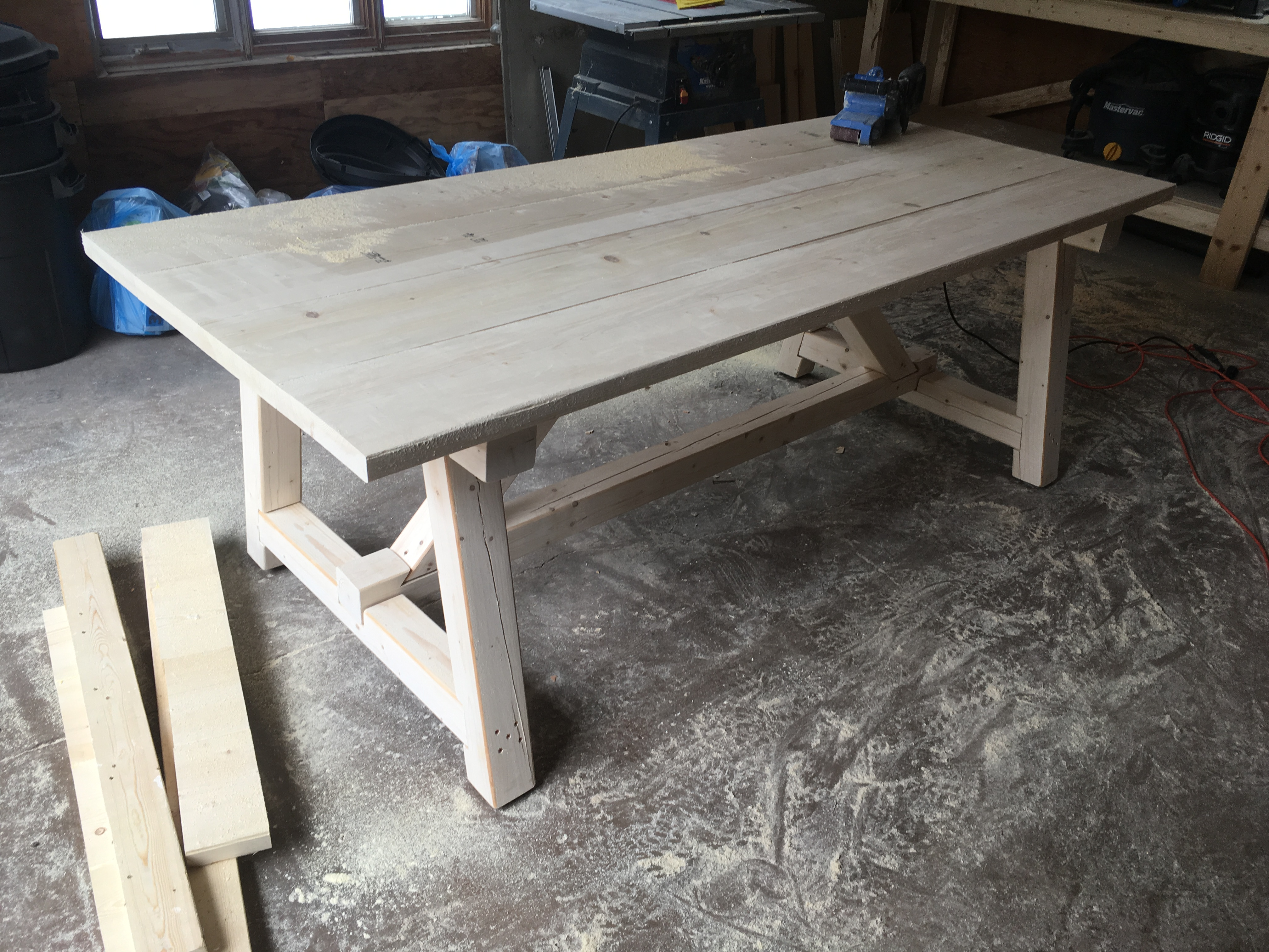 Ana White 4x4 Truss Harvest Table Diy Projects