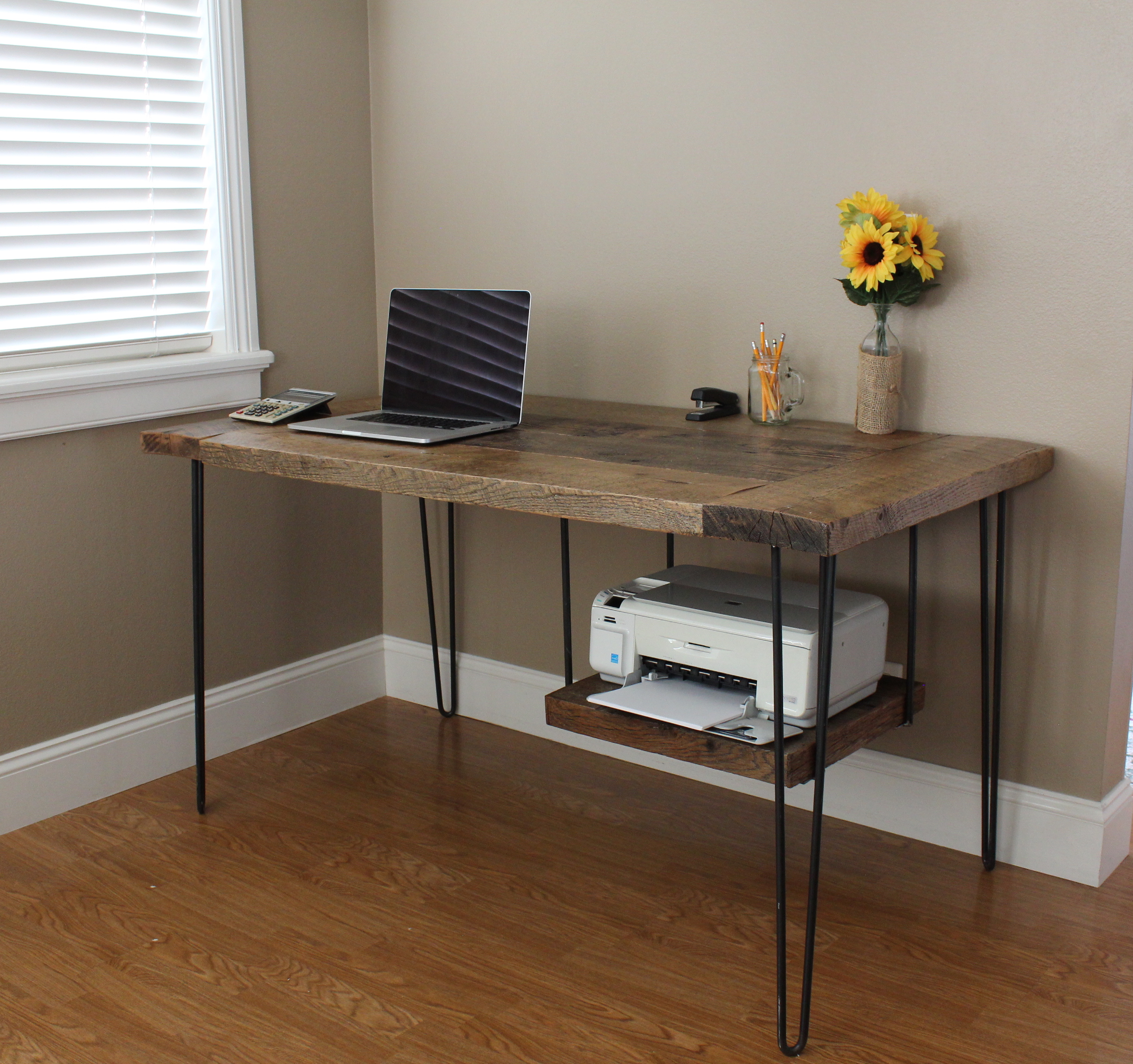 Ana White Reclaimed Modern Desk Diy Projects