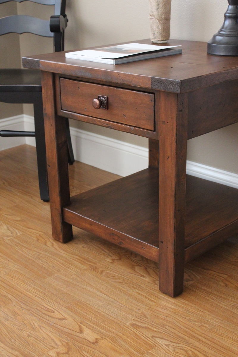 benchwright end table