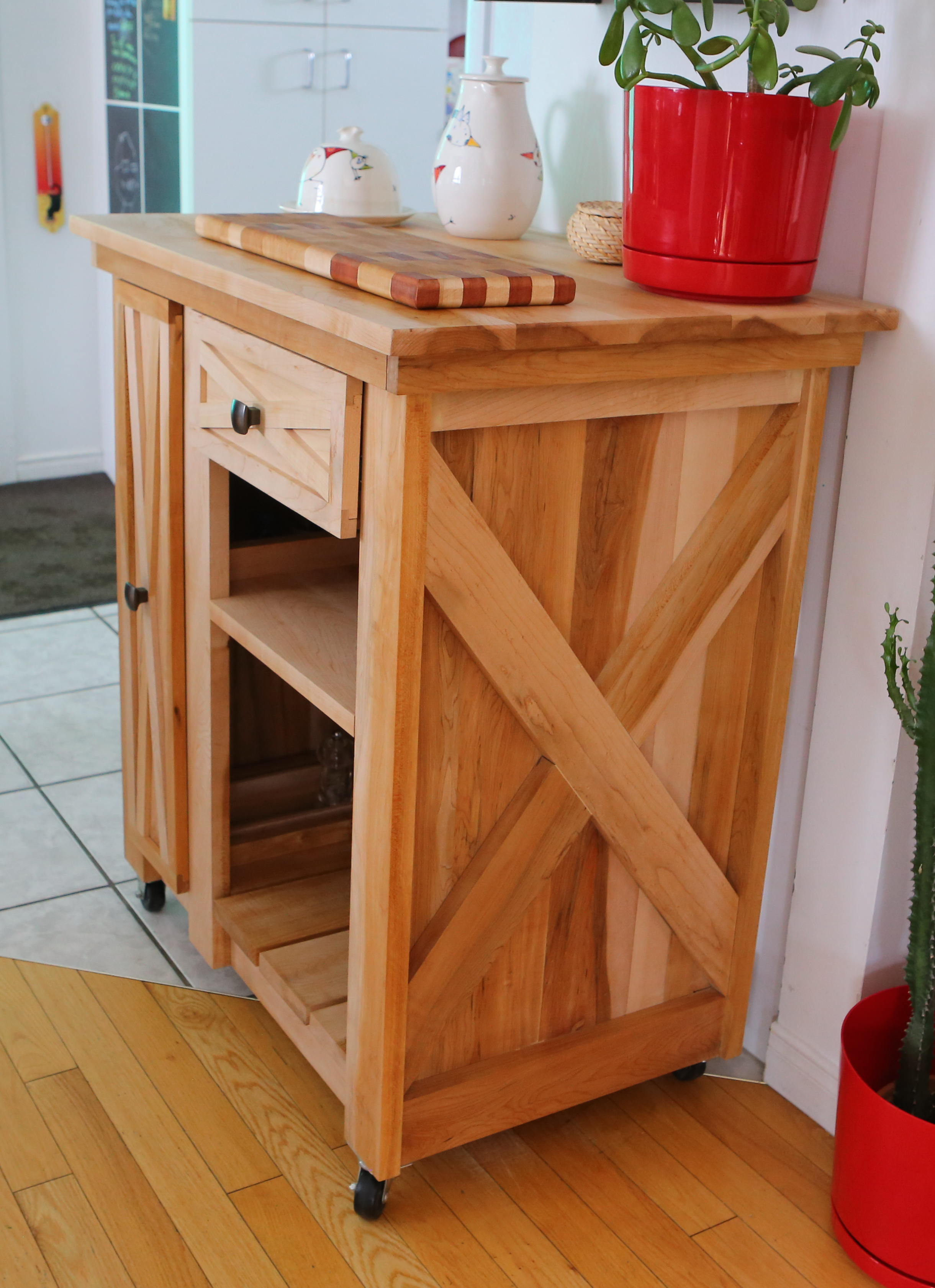 What Is A Kitchen Island With Pictures: Modified Version Of The Rustic X Small Rolling