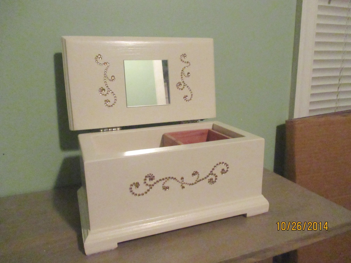 Ana White Miniature Hope Chest Diy Projects