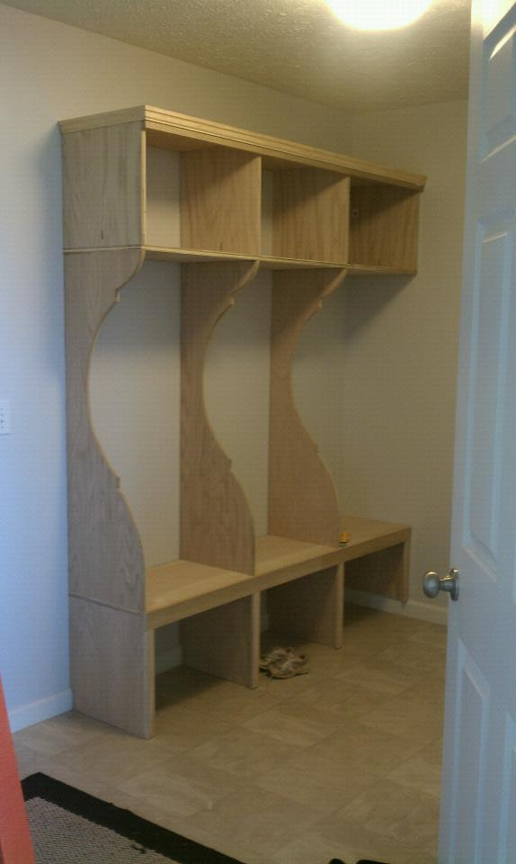 Mudroom Storage Canada : Ana white mud room diy projects