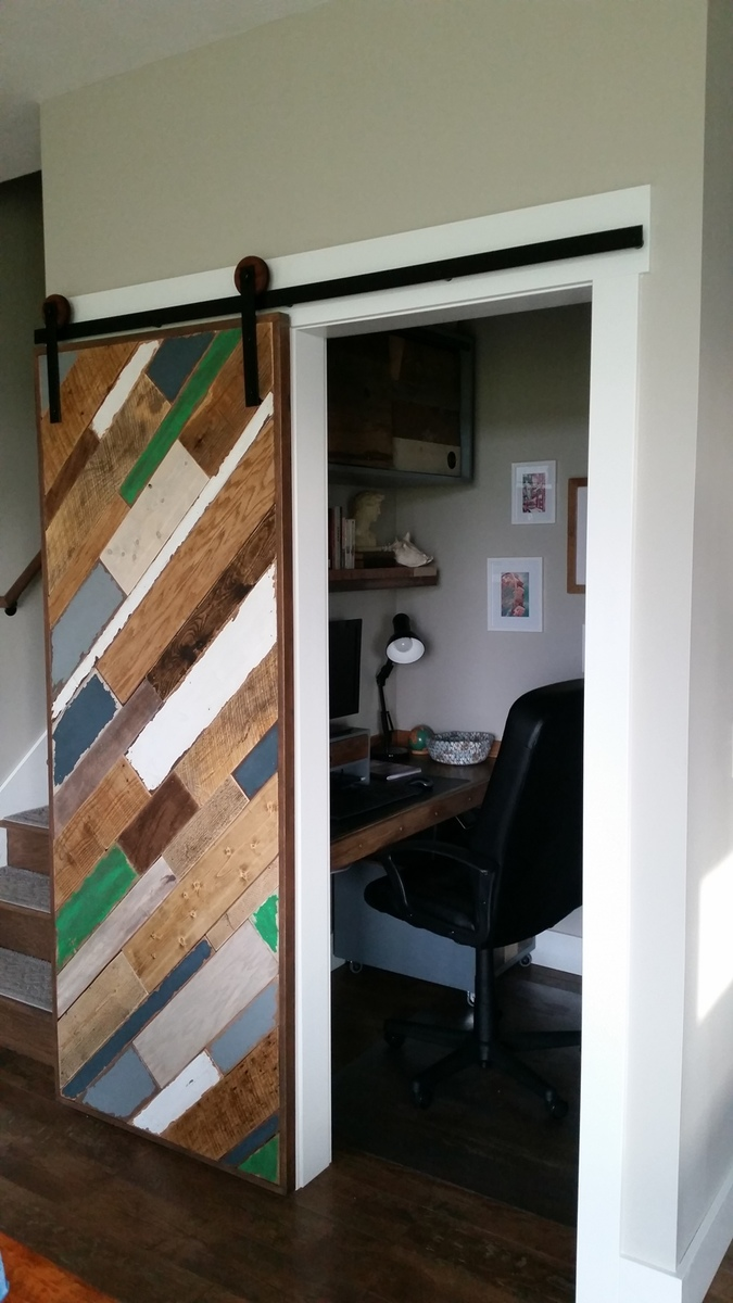 Ana White Scrap Wood Barn Door Diy Projects