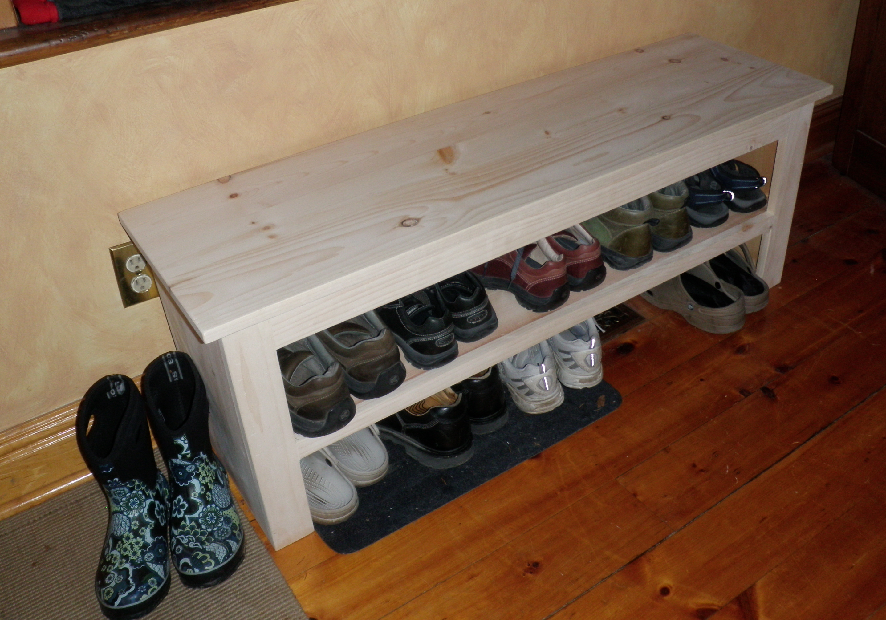Shoe storage bench ideas plans diy free download diy travel trailer plans woodworking products Entryway shoe storage bench