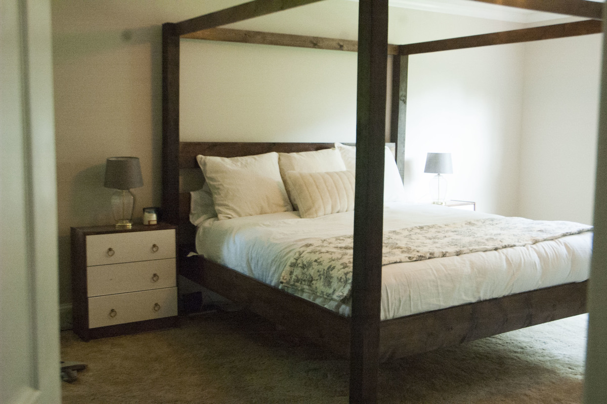 Ana White | Minimalist Rustic King Canopy Bed - DIY Projects
