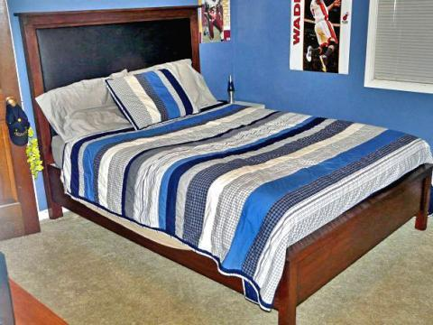 Create A Luxurious Headboard For Your Bed With These Simple Plans. Special  Thanks To Amy For Sharing Her Photo. Amy Also Built The Bed (itu0027s A Queen  Size) ...