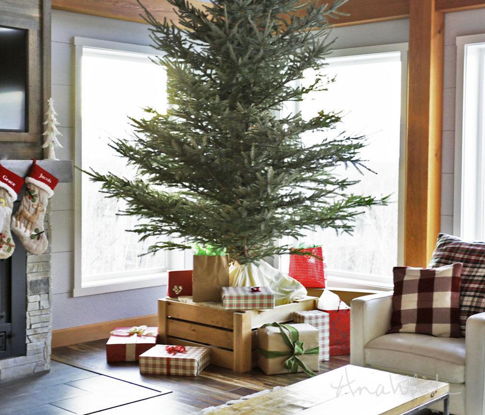 Wood Christmas Tree Collar
