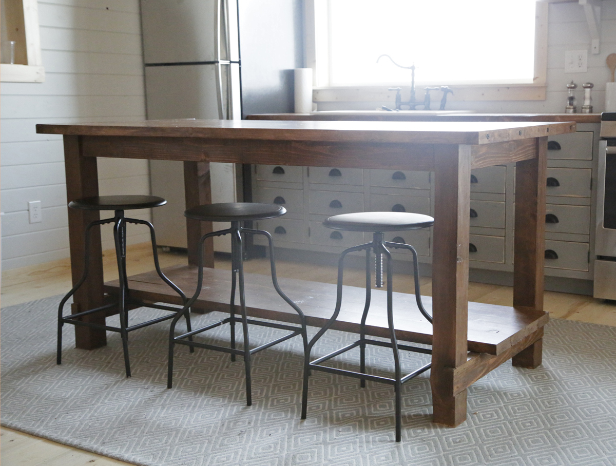 ^ na White Farmhouse Style Kitchen Island for laska Lake abin ...