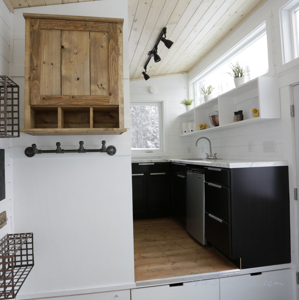 Open Concept Rustic Modern Tiny House [Plans + Sources