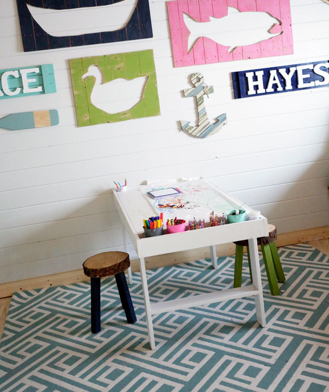 Ana white art storage shelf with caddies diy projects for Diy play table plans