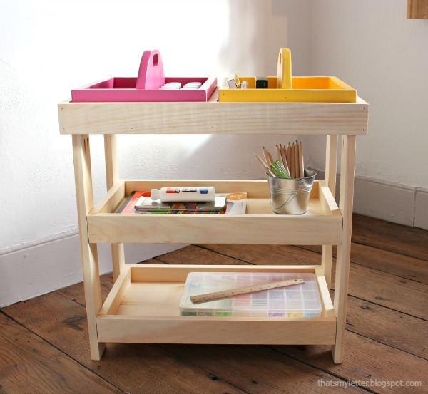 Art Storage Shelf With Caddies