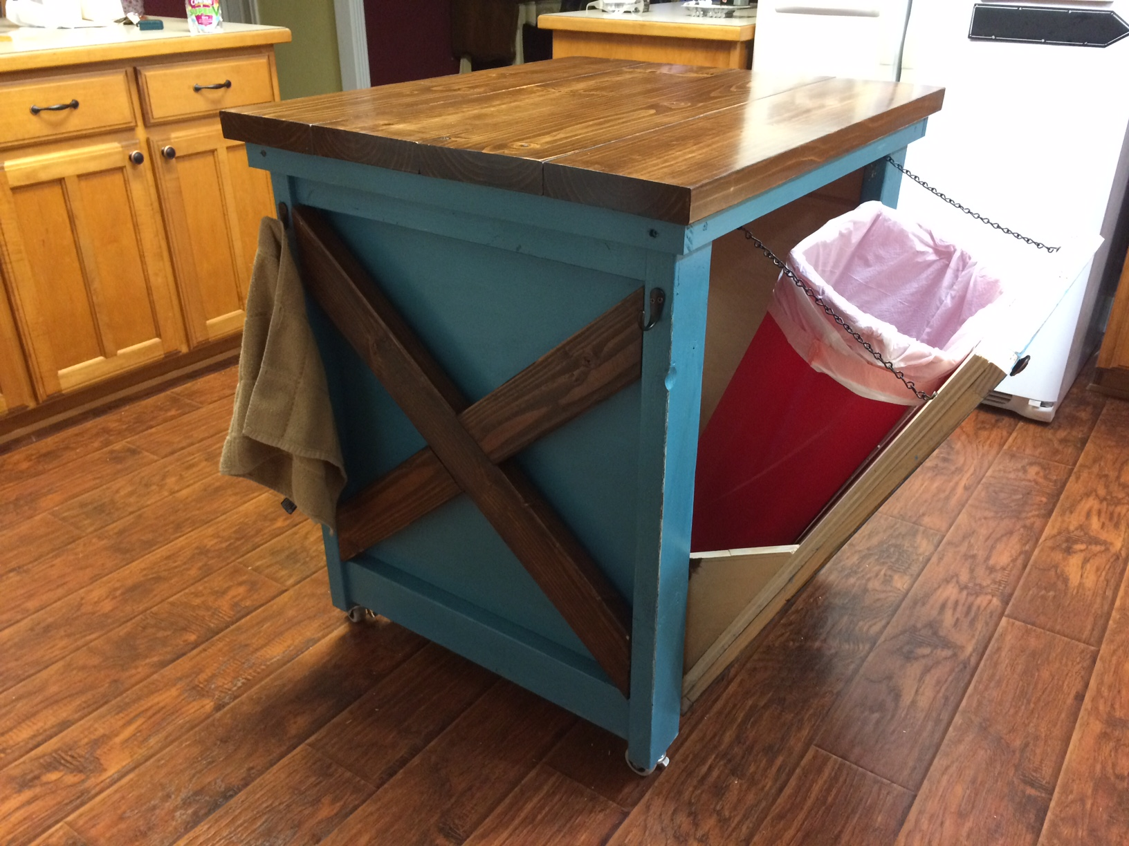 Ana White Kitchen Island With Trash Bin DIY Projects - Kitchen island with garbage bin