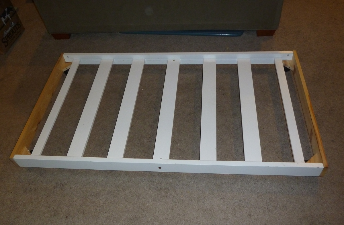 Ana White | Toddler Trundle Bed   DIY Projects