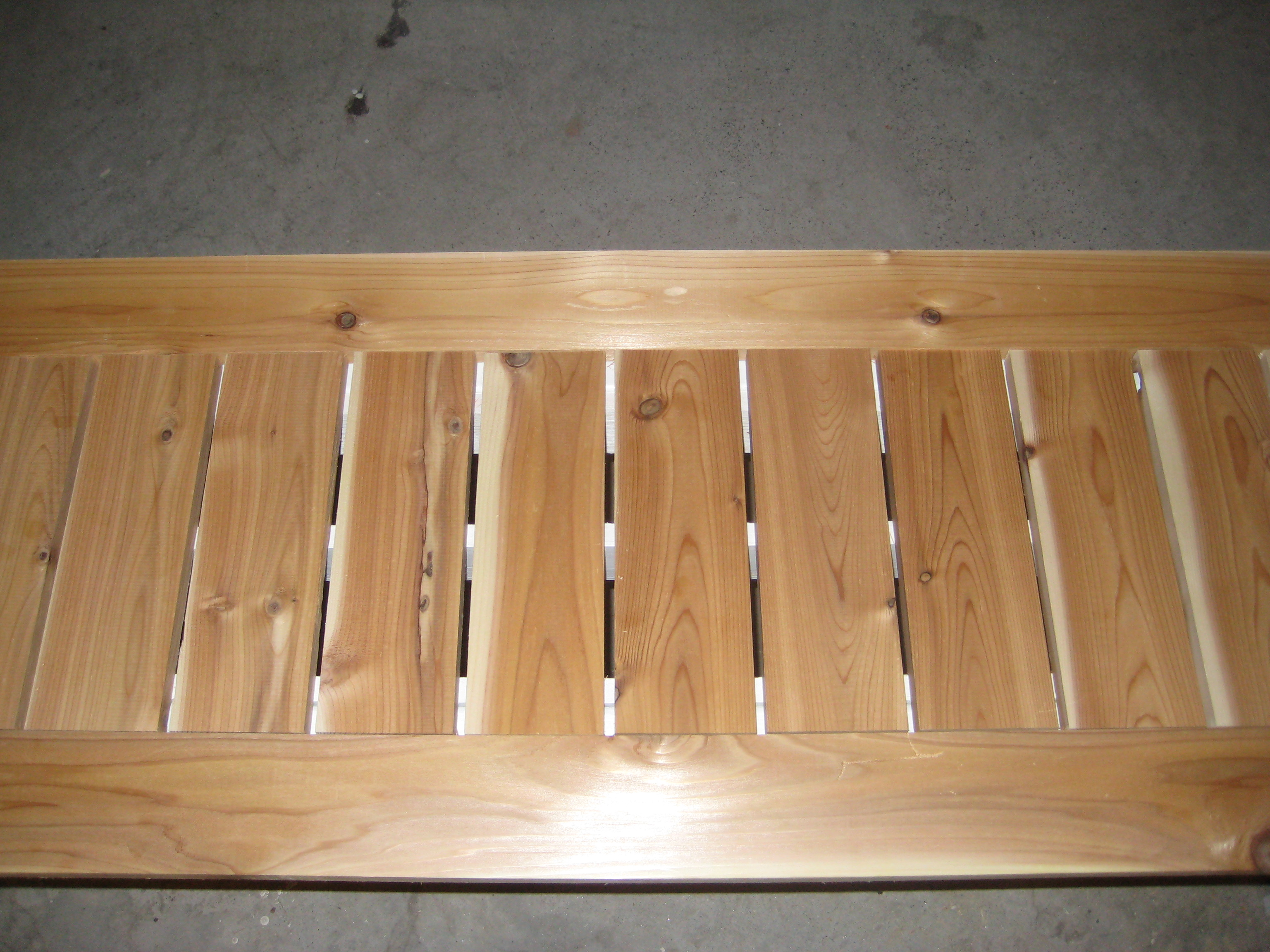 Ana White Simple Outdoor Bench With Cedar Slats Diy