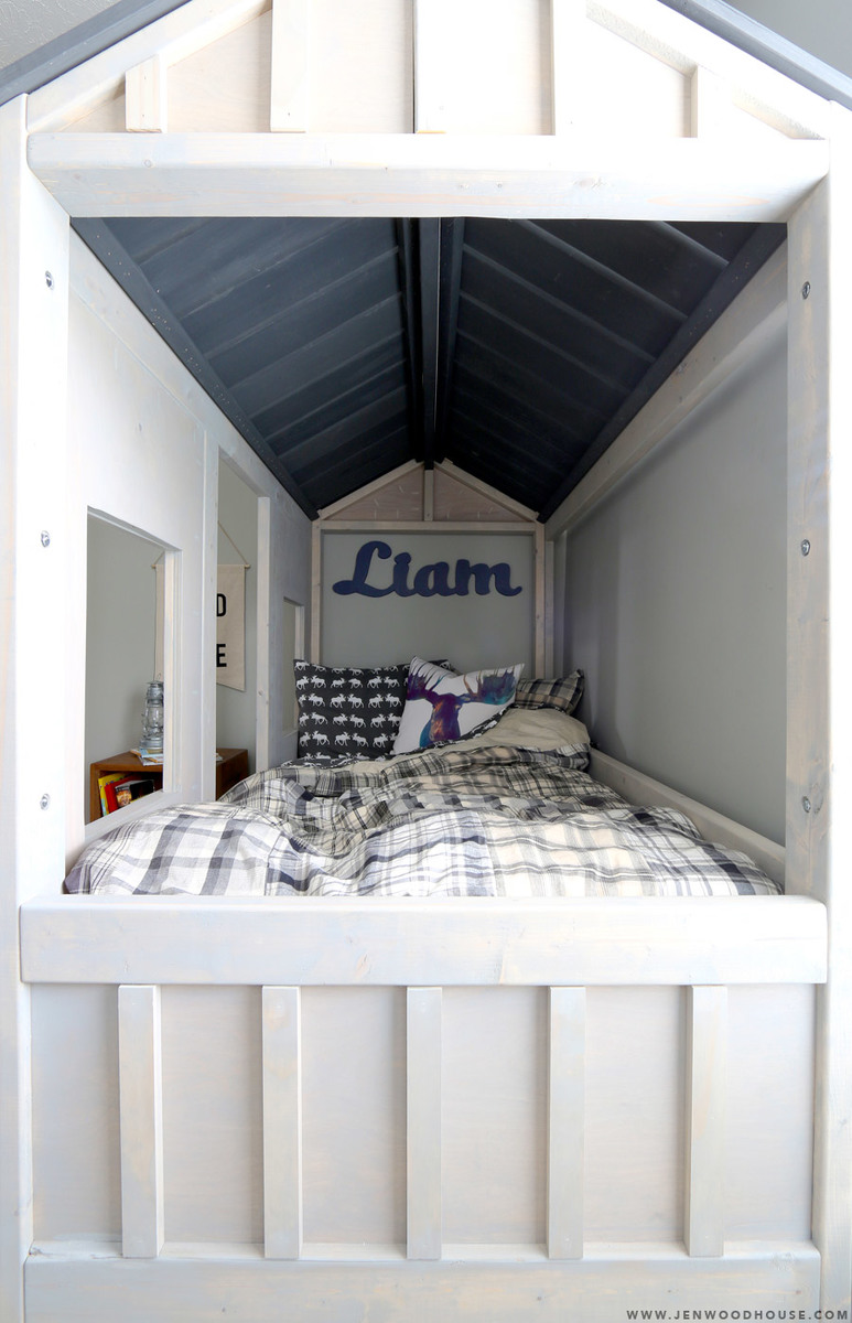Ana White Cabin Bed By Jen Woodhouse Diy Projects