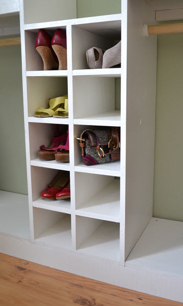 A Slide In Cubby Divider For The Master Closet System Fits Shoes Handbags And Other Small Accessories Uses Ss Leftover From