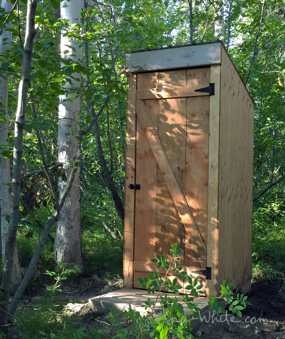 ^ na White Simple Outhouse - DIY Projects