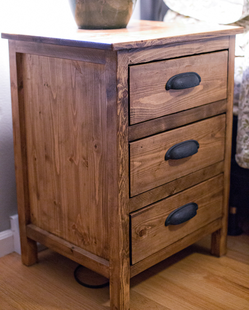 ana white reclaimed wood look bedside table diy projects. Black Bedroom Furniture Sets. Home Design Ideas