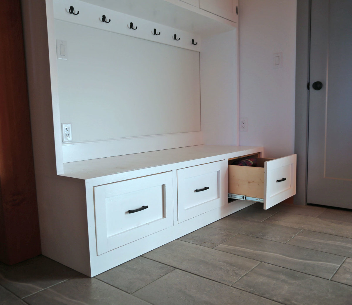 Mudroom Bench With Easy Drawers Ana White