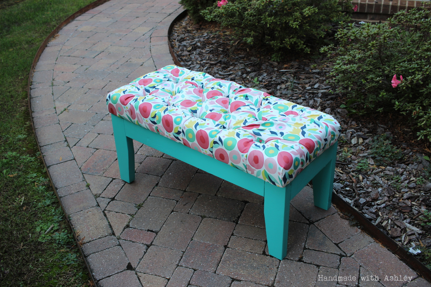 Ana white diy upholstered bench diy projects White upholstered bench