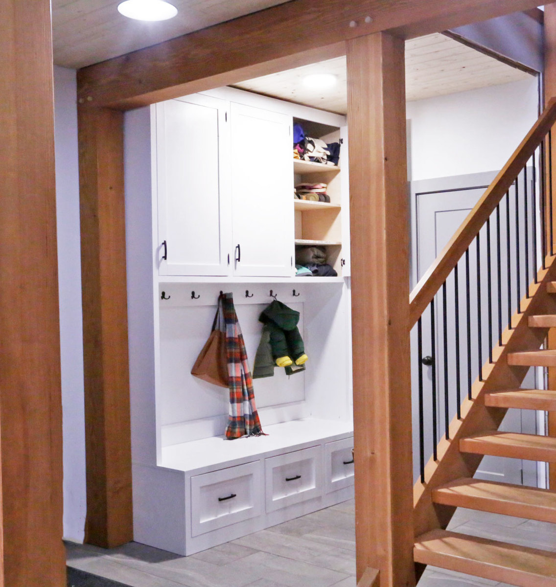 Ana White Entryway Cabinet With Hooks Diy Projects
