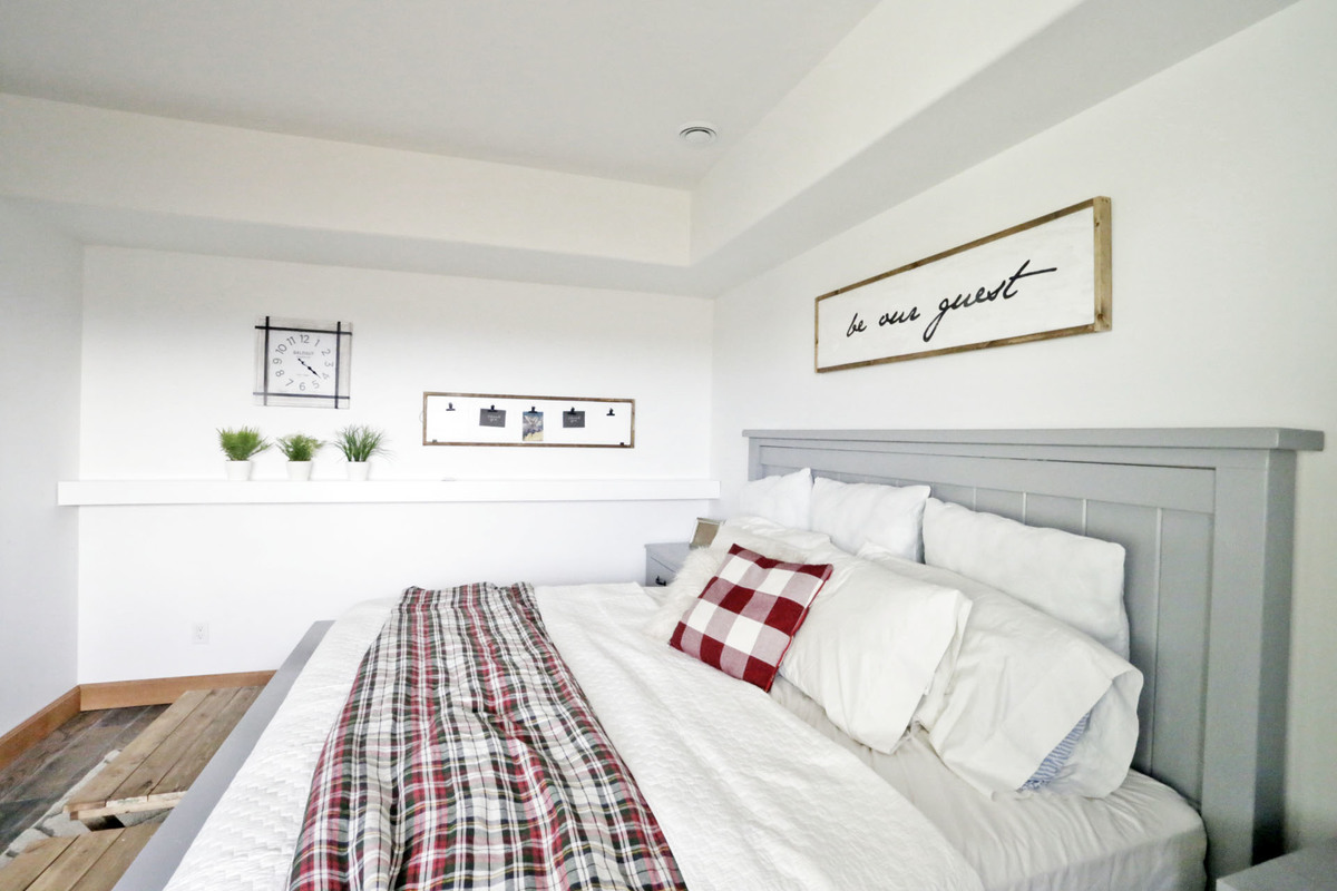 farmhouse bed grey paint