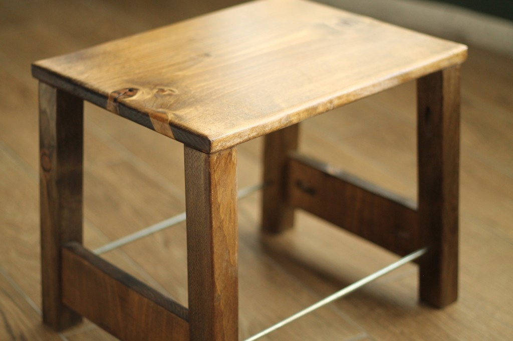 Fantastic Diy Industrial Step Stool Featuring Chris Loves Julia Pdpeps Interior Chair Design Pdpepsorg