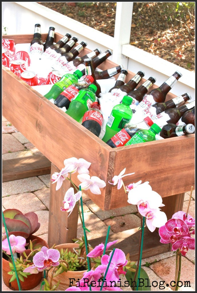 http://www.ana-white.com/2015/03/free_plans/diy-rustic-cooler-featuring-fire-finish-blog
