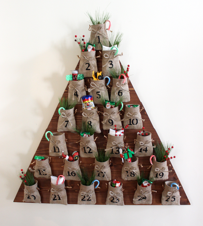 Self Made Christmas Calendar : Ana white diy tree advent calendar feature by rogue