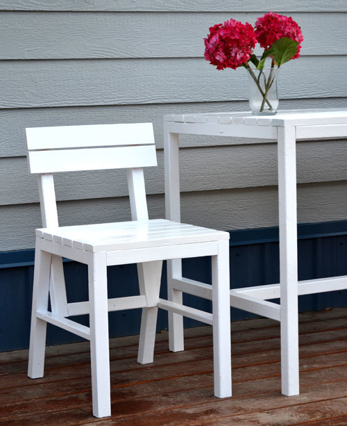 Ana White Harriet Outdoor Dining Chair for Small Modern Spaces