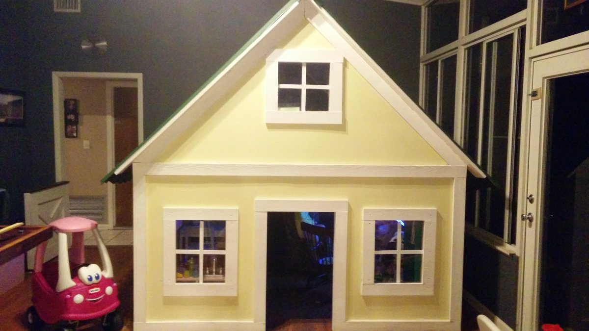Ana White Alexandra S Indoor Playhouse Diy Projects