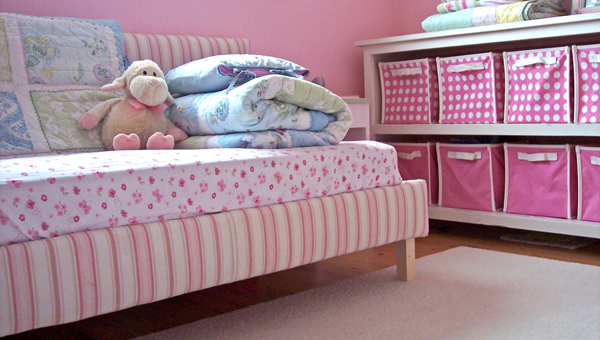 Room Clip Art: Toddler Upholstered Bed - DIY Projects