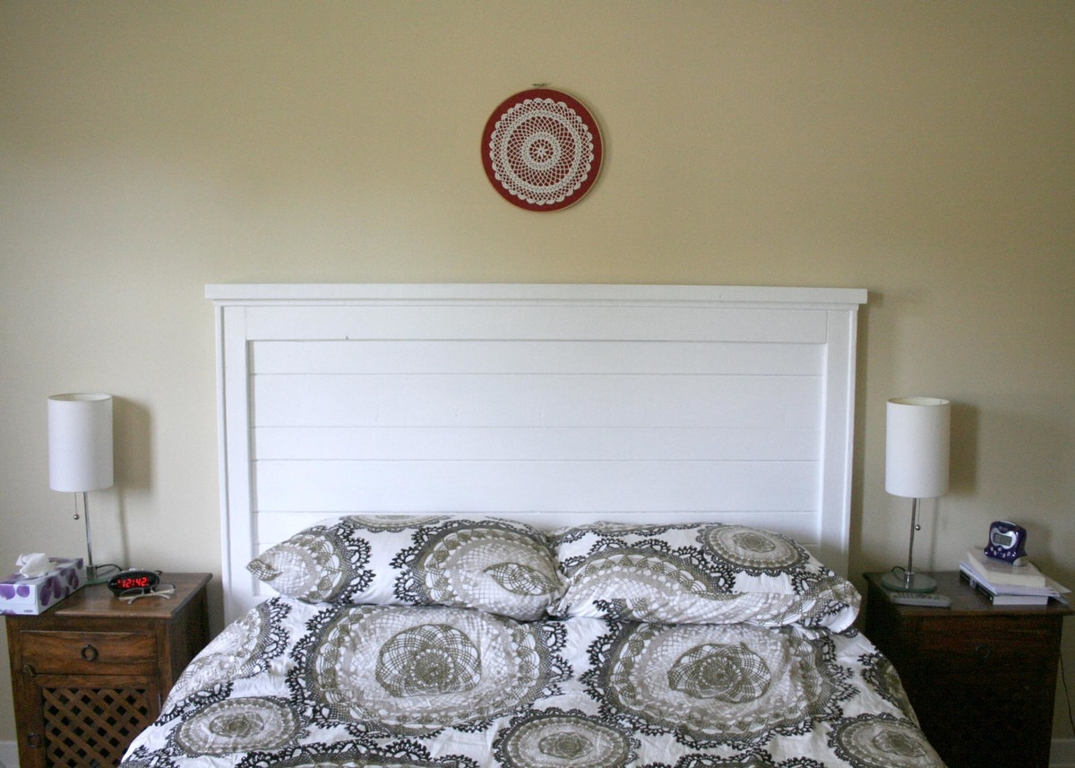Do It Yourself Home Design: Rustic Headboard - DIY Projects
