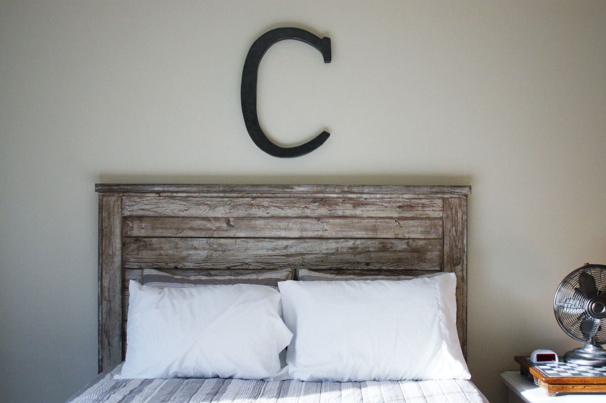 Ana white rustic headboard diy projects for Makeshift headboard