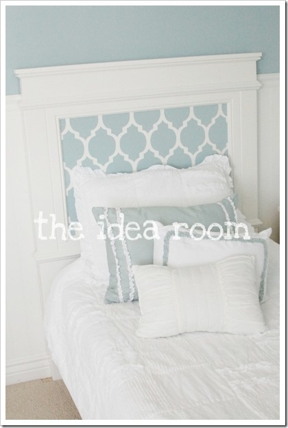 Ana White Farmhouse Bed With Stenciled Headboard Diy Projects