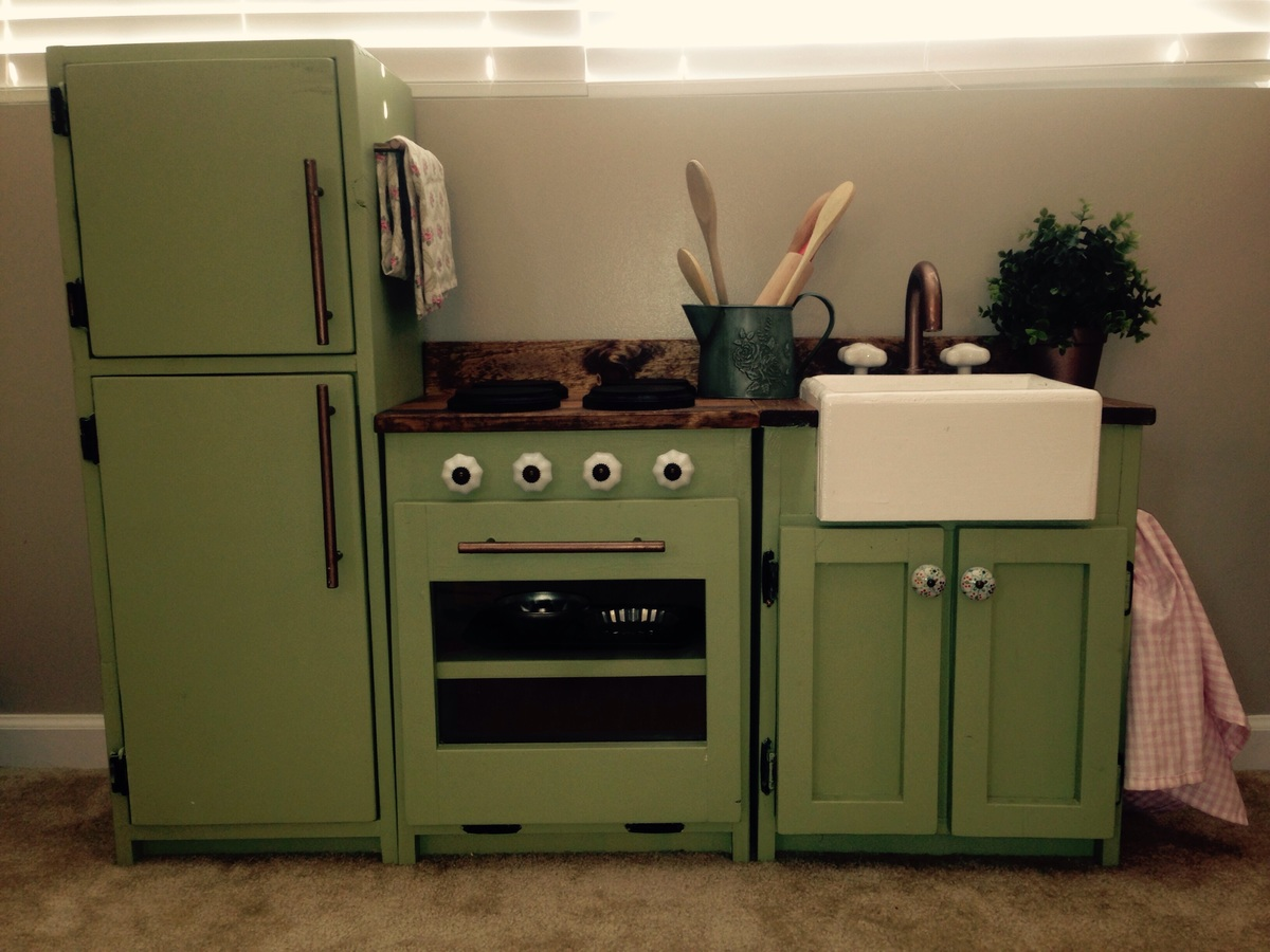Do It Yourself Home Design: Ava's Play Kitchen - DIY Projects