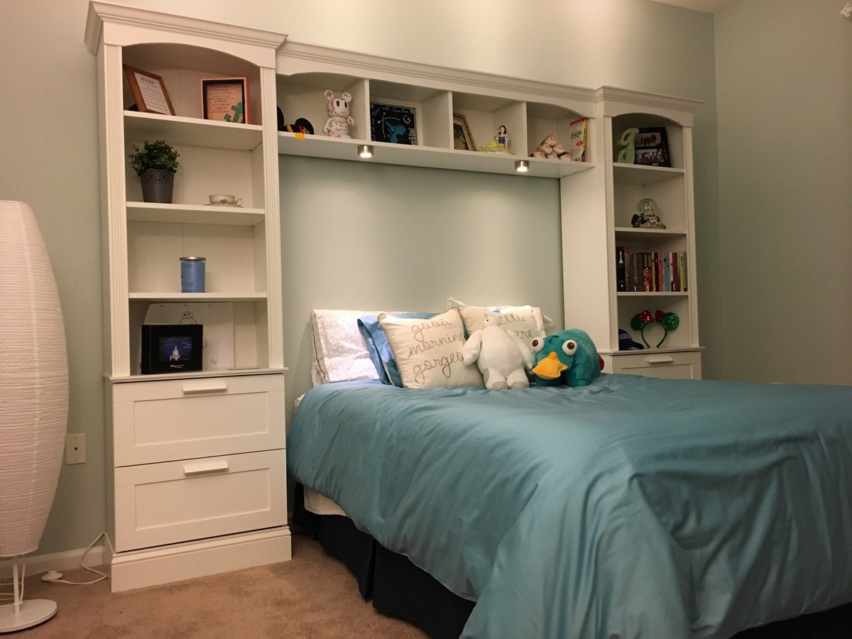 daybed size bedroom me with shelves beds chic full bed white wooden for bazzle bookshelf and trundle