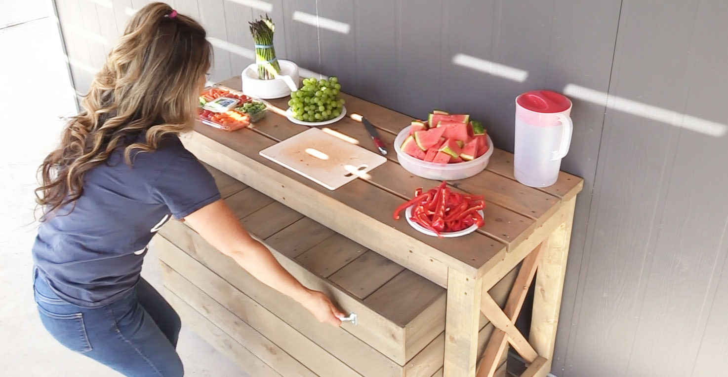 outdoor grill table