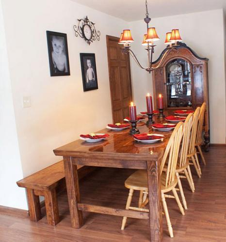 Ordinaire Farmhouse Table