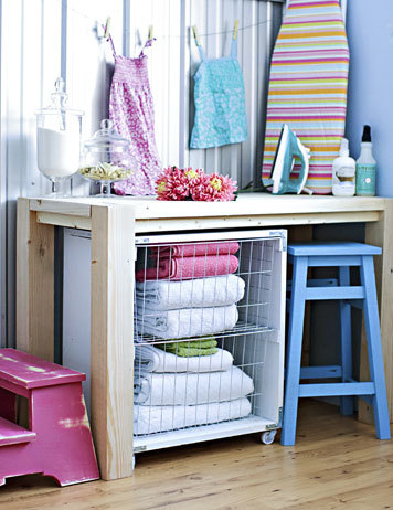 Ana white laundry basket cart for fresh home magazine diy projects do it yourself furniture plan to build a laundry cart features two removable baskets this laundry cart is made from a shelf and standard baskets solutioingenieria Images