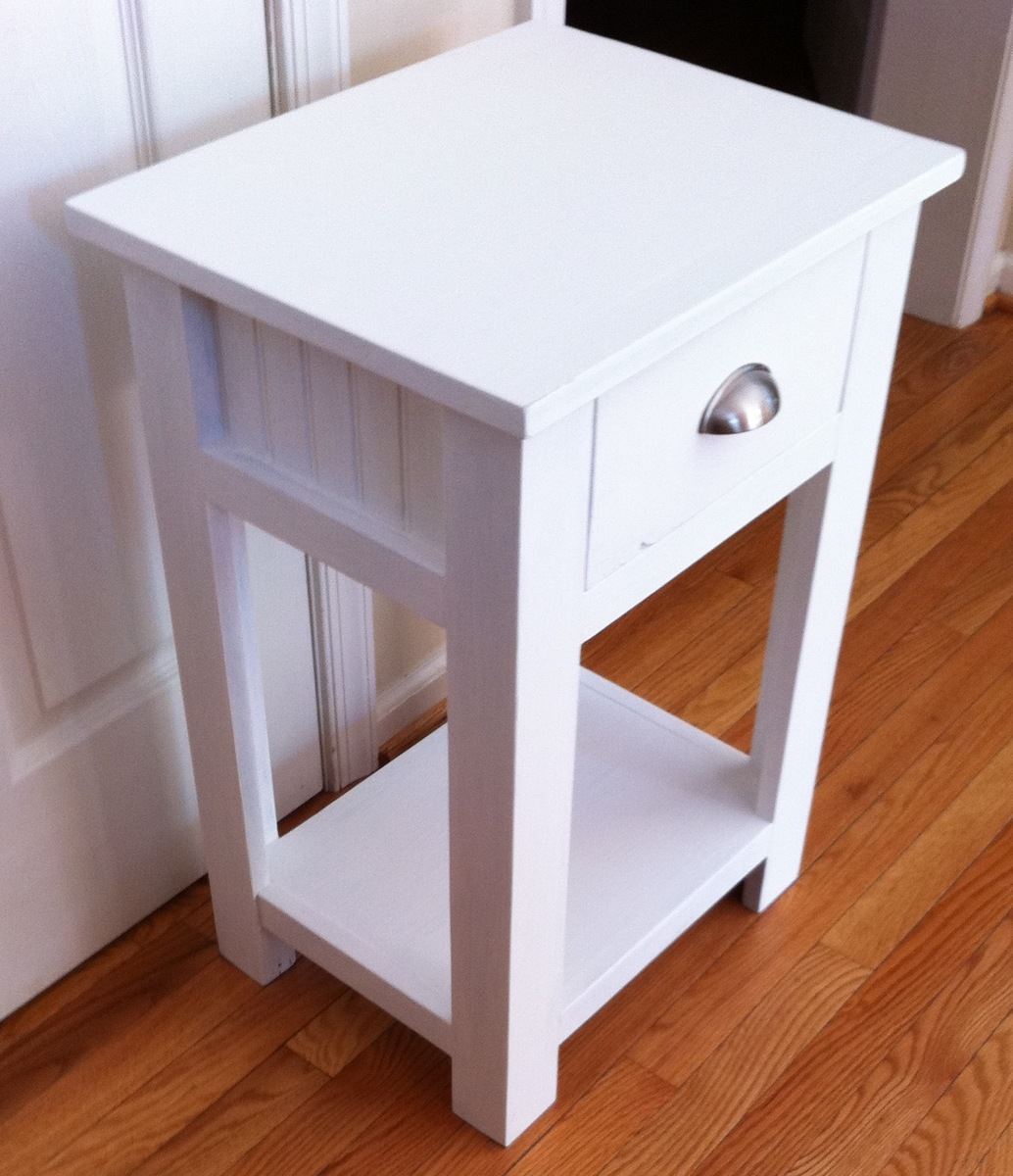 Ana white simple white nightstand diy projects for Simple nightstand designs