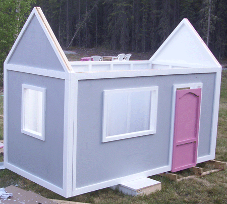 DIY playhouse easy to build