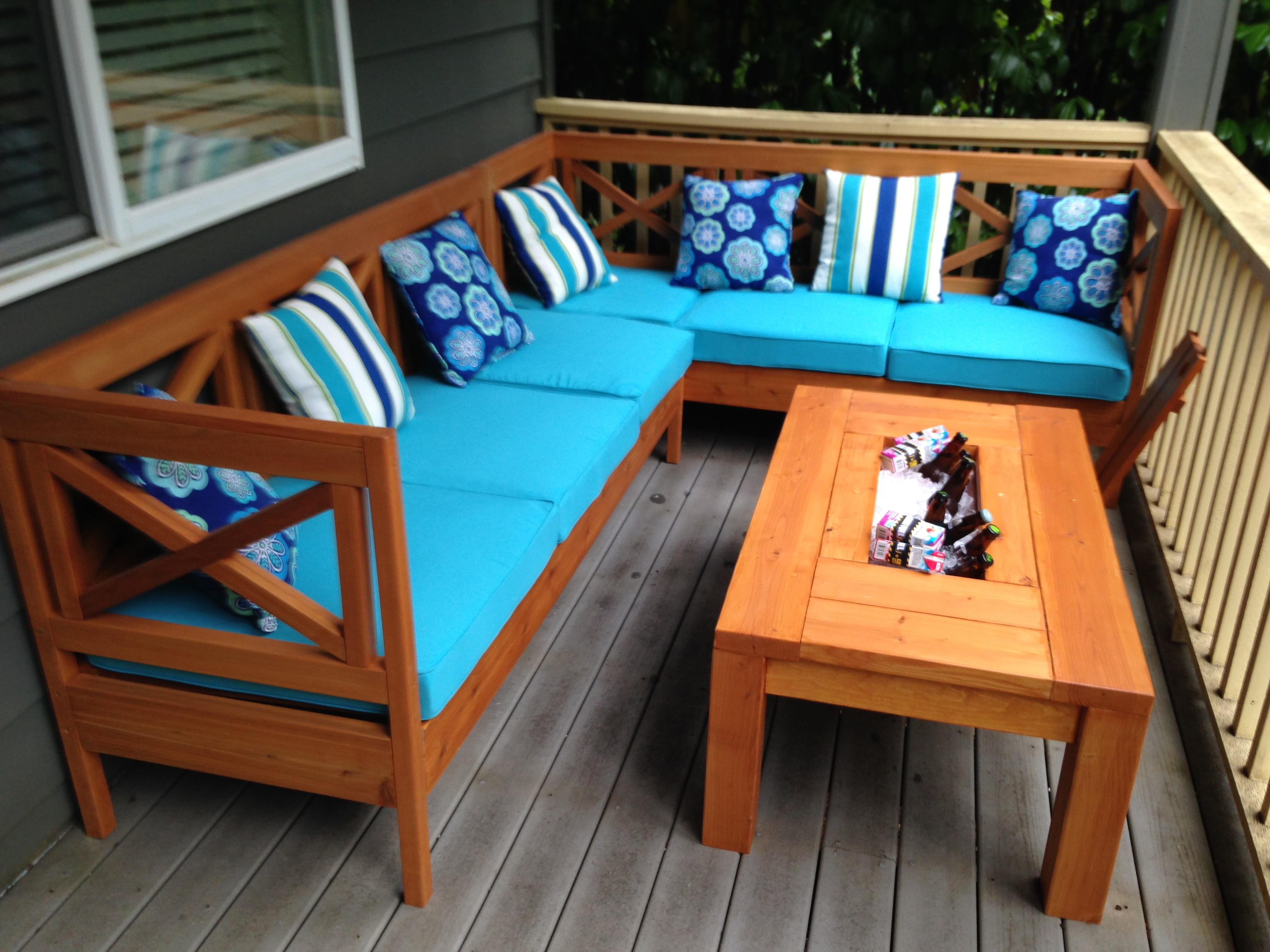 Ana White   Weatherly Sectional (L-shaped) - DIY Projects