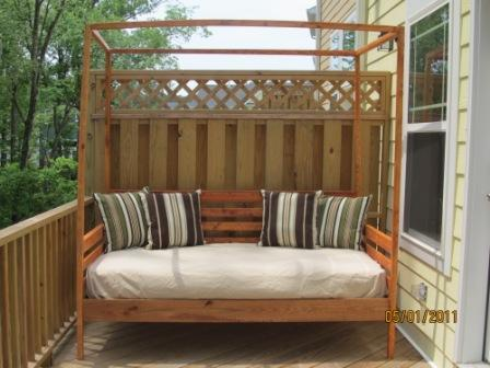 Outdoor Pine Canopy Daybed & Ana White | Outdoor Pine Canopy Daybed - DIY Projects