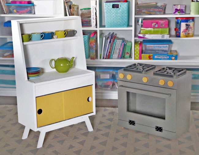... Little Play Stove For My Kiddos, And It Has Been Loved, Used, Abused,  And Still Looks Brand New! You Can Find The Plans For This Little Play  Kitchen ...