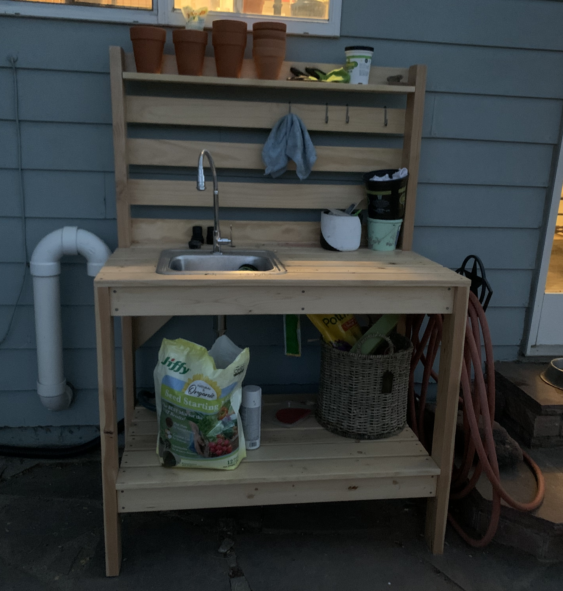 Picture of: Potting Bench With Added Sink Ana White
