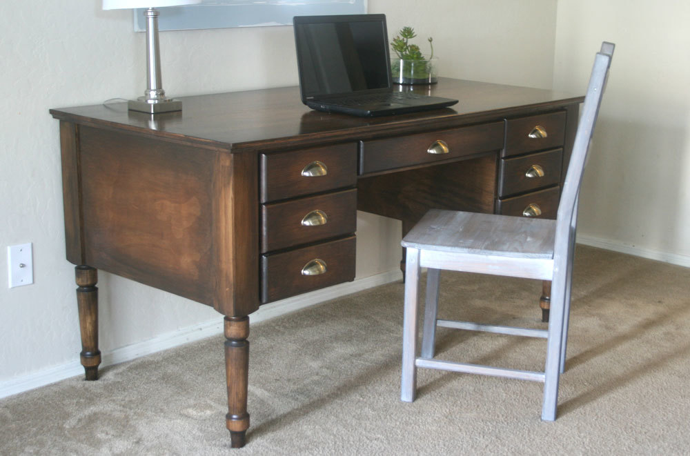 Turned Leg Traditional Desk Diy Inspired By Pottery Barn